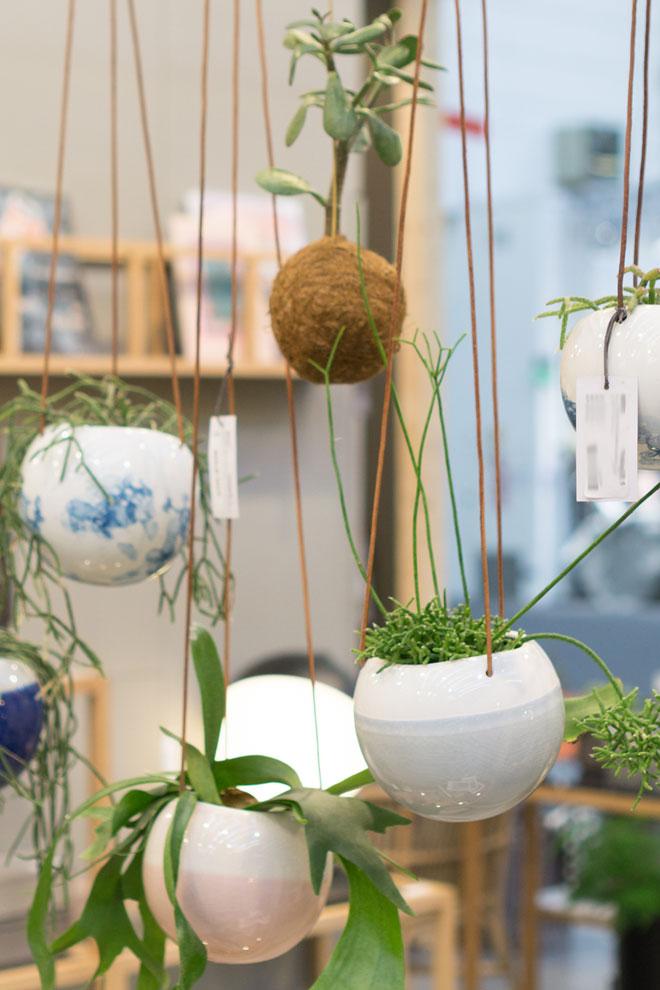 Pflanzen Deko 2018 auf der Ambiente, Hübsch Interior Pflanzenampeln