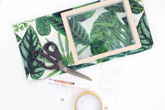 Bilderrahmen dekorieren mit Stoffbild und Schrift, Material