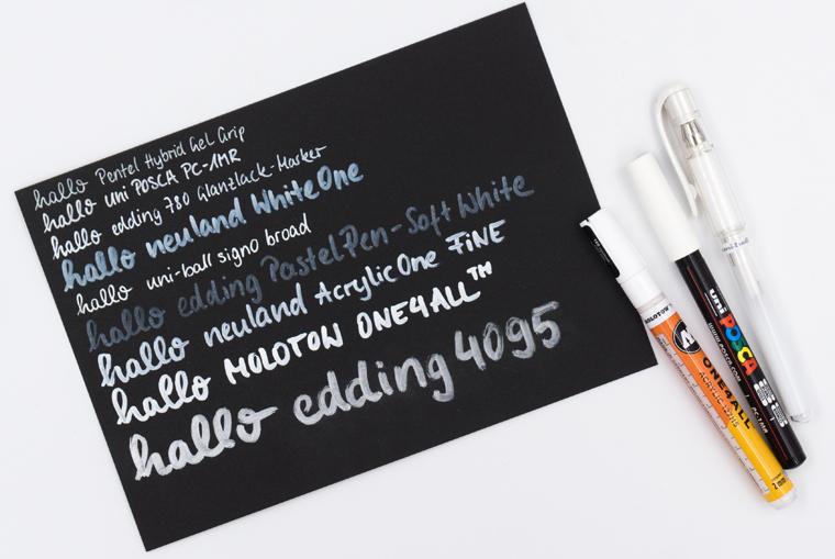 Guide für Lettering Stifte: Favoriten weißer Stift auf schwarzem Papier