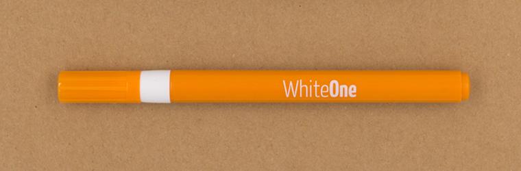Lettering Stifte Guide mit unterschiedlichen weißen Stiften, neuland WhiteOne,1 mm