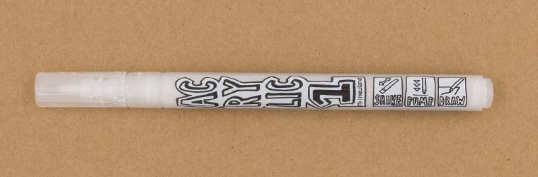 Weiße Lettering Stifte getestet, neuland AcrylicOne FINE, Rundspitze 1,5 mm