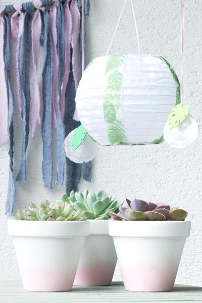 Gartendeko verzierte Solarlampions im Tropical Vibes Look eine DIY-IdAee