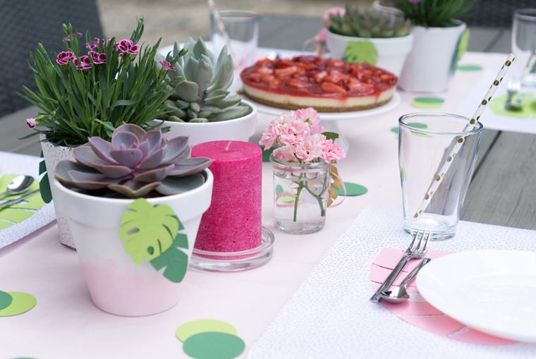 Party Deko DIY-Idee Tischsets Monstera