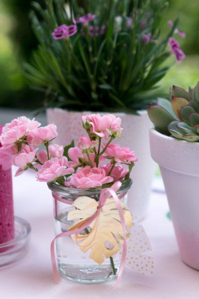 DIY | Tischdeko Vasen für Tropical Vibes Party selber machen