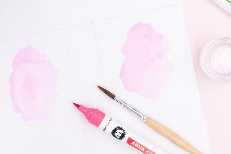 Farbe direkt mit Wasser und Pinsel vermalen